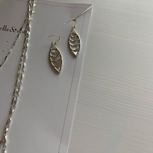 Stella & Dot Aurelia Earrings